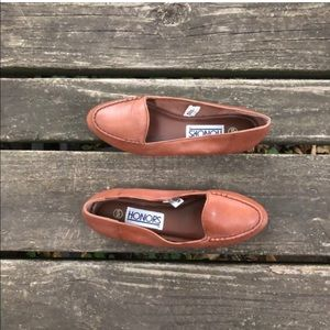 Vintage Honors Leather Slip Ons Flats Wide Width
